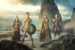 """Erscheint am 2. November: """"Wonder Woman"""" (Bild: Warner)"""
