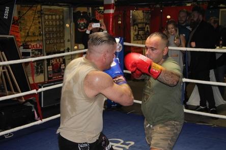 Es ging richtig zur Sache: Boxer bei der Fight Night von Warner/Chappell in der Ritze (Bild: MusikWoche)