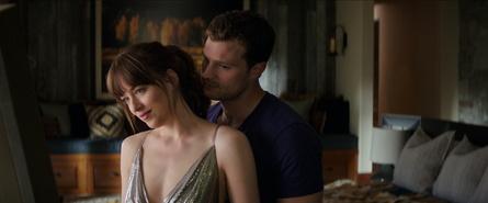 """""""Fifty Shades of Grey - Befreite Lust"""" weiter auf Erfolgskurs (Bild: Universal)"""