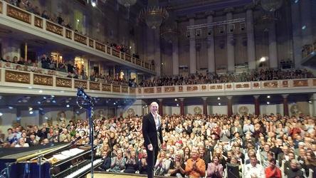 Frenetisch umjubelt: Joja Wendt im Berliner Konzerthaus (Bild: Malte Lackmann)