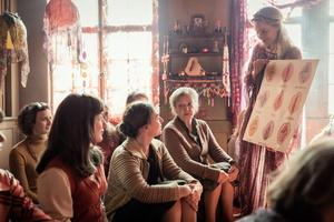 """Geht für die Schweiz ins Oscarrennen: """"Die göttliche Ordnung"""" (Bild: Alamode (Filmagentinnen))"""