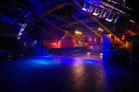 Geschichtsträchtiger Veranstaltungsort: die Bühne im Großen Saal der Markthalle (Bild: Markthalle Hamburg)