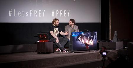 """Gronkh und Christian Ulmen (r.) auf der """"Prey""""-Premiere. (Bild: eosandy.com)"""