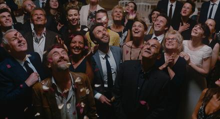 """Guter Start auf Platz elf: """"Das Leben ist ein Fest"""" (Bild: Universum Film (Central))"""
