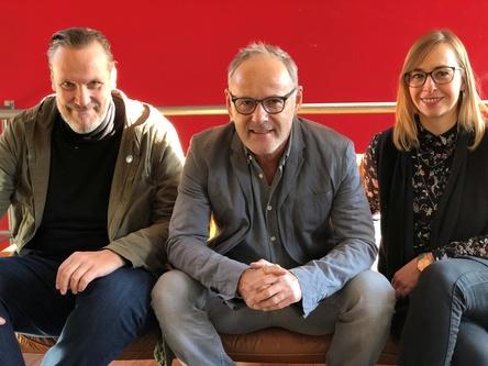Haben ein Freispiel (von links): Bernd Hocke, Reinhold Beckmann und Sabrina Frahm (Bild: Superlaut)
