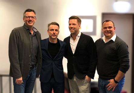 Haben gemeinsam viel vor (von links): Peter Band (Manager, Public Entertainment), Norman Görlitz (Geschäftsführer, MSK Meistersinger), Tom Gaebel und Andre Graute (Booker, Public Entertainment) (Bild: MSK Meistersinger)