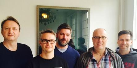 Haben Translate Entertainment gemeinsam aus der Taufe gehoben (von links): Markus Hartmann, Florian Brauch, Kevin Bergmeier, Till Schoneberg und Florian Böhlendorf (Bild: Translate Entertainment)