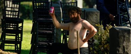"""""""Hangover 3"""" mit Zach Galifianakis behauptete sich auf Platz eins in Deutschland (Bild: Warner)"""