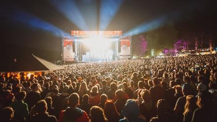 Hier soll es angeblich zu Sicherheitsmängeln gekommen sein: das Kosmonaut Festival (Bild: Kosmonaut Festival)