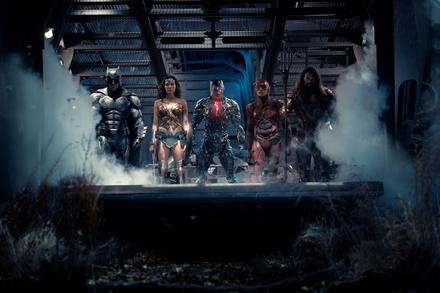 """Hollywood diskutiert über die """"Justice League"""" und ihre Erfolgsaussichten (Bild: Warner)"""