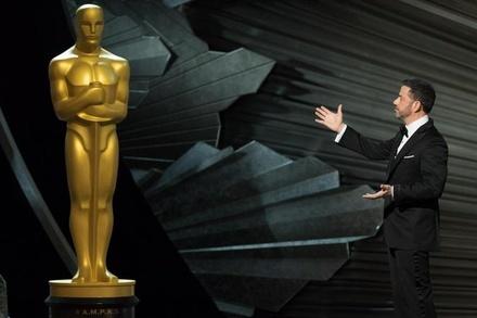 Jimmy Kimmel erwies sich als souveräner Moderator (Bild: Aaron Poole / A.M.P.A.S.)
