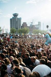 Kann für weitere fünf Jahre auf dem Reiherstieg-Gelände stattfinden: das MS Dockville (Bild: Pablo Heimplatz)