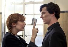 """Katherine Parkinson, hier an der Seite von """"Sherlock"""", spielt in """"How to Sell a War"""" (Bild: ARD Degeto/BBC/Hartwood Films 2012)"""