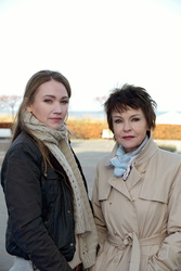 Lisa Maria Potthoff und Katrin Sass (Bild: NDR/Christiane Pausch)