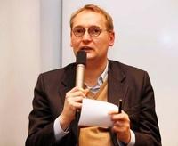 Matthias von Fintel, Verhandlungsführer von ver.di in den Tarifverhandlungen für die Film- und Fernsehschaffenden (Bild: Christian v. Polentz/transitfoto.de)