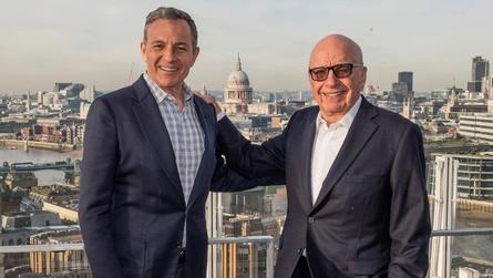 Megadeal: Robert Iger (li.) wurde sich mit Rupert Murdoch einig (Bild: Disney)
