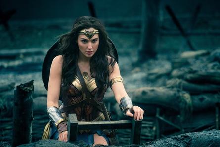 """Mit einem weltweiten Einspiel von mehr als 800 Mio. Dollar ist """"Wonder Woman"""" der erfolgreichste Warner-Film des Jahres 2017 (Bild: Warner)"""