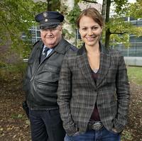 """Mit Maria Simon und Horst Krause begeht der """"Polizeiruf"""" sein 40-jähriges Jubiläum (Bild: RBB/Frank Zauritz)"""