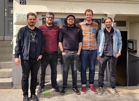 Öffneten am 1. Juni 2018 die Pforten des Hamburger Büros (von links): David Burger, Dominic Oehen, Alex Beyer, Christoph Hallerberg und Dominic Stämpfli (Bild: Radicalis)