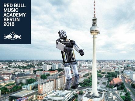 Optischer Aufhänger fürs Jubiläum: Plakatmotiv für die Red Bull Music Academy 2018 (Bild: Red Bull Music Academy)