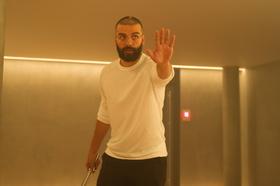 """Oscar Isaac spielte bereits in Garlands hochgelobtem """"Ex Machina"""" mit und ist auch bei Garlands neuem Film dabei (Bild: Universal)"""