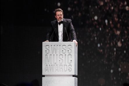 Sieht nur wenige Möglichkeiten, mit Schweizer Popmusik im TV ein breites Publikum zu erreichen: Executive Producer Oliver Rosa bei der Verleihung der zehnten Swiss Music Awards (Bild: Swiss Music Awards)