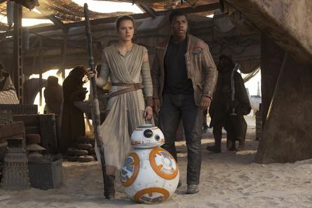 """""""Star Wars: Das Erwachen der Macht"""" war der erfolgreichste Titel am physischen Kaufmarkt in der Schweiz im vergangenen Jahr (Bild: Walt Disney)"""