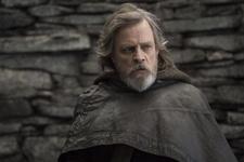 """""""Star Wars: Die letzten Jedi"""" bleibt spitze (Bild: Walt Disney)"""