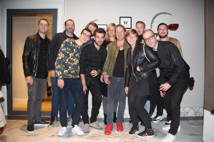 Trafen sich im De Bart: das deutsche Team von Warner Music und seine Partner (Bild: MusikWoche)