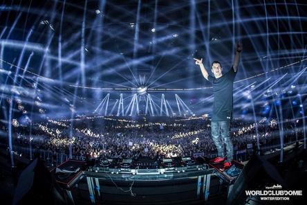 Trat vor 38.000 Fans in der Veltins-Arena auf: Martin Garrix (Bild: BigCityBeats)