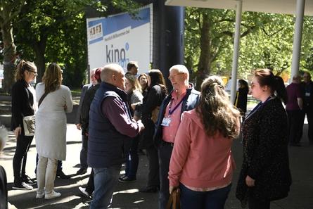 Treffpunkt der deutschen Kinobranche: der Filmtheaterkongress KINO 2017 (Bild: Jan Bürgermeister/Fotostate.de)