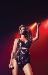 """Vertraut in Verlagsangelegenheiten nun auf Warner/Chappell: Beyoncé, hier bei """"Live At Roseland"""" (Bild: Myrna Suarez)"""