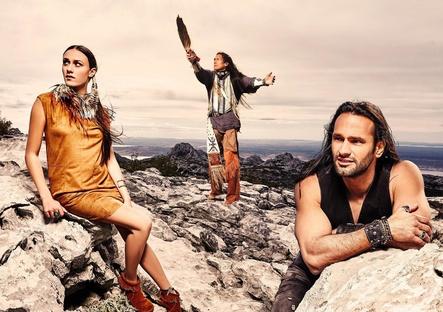 Will mit indianischen Mythen auf sich aufmerksam machen: der neue Electrola-Act Story Of Dakota (Bild: Christian Barz)