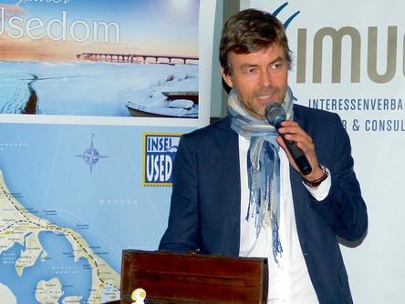 Will wieder netzwerken: IMUC-Vorstand Wolfgang Weyand, hier im Elbwerk 2015 (Bild: MusikWoche)