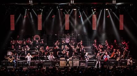 """Wird zum Jubiläum größer: die Konzertreihe """"Rock Meets Classic"""", hier ein Bild von der Tournee 2018 (Bild: Manfred Hertlein)"""