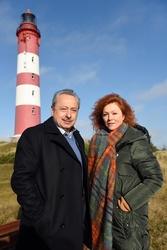 Wolfgang Stumph und Heike Trinker auf Amrum (Bild: ZDF/Nicolas Maack)