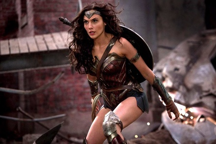 """""""Wonder Woman"""" holt sich auch in Deutschland den ersten Platz (Bild: Warner Bros.)"""
