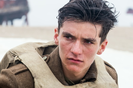 """Zum dritten Mal in Folge auf Platz eins der britischen Kinocharts: """"Dunkirk"""" (Bild: Warner)"""